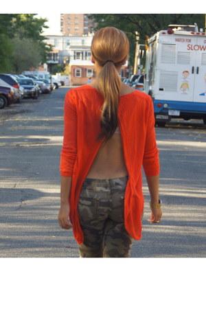 DKNY top - Zara jeans