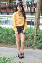 printed shorts Kamiseta shorts - polo The Stylogist blouse - belt WAGW belt