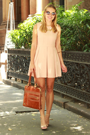 light pink collar capwell & co necklace - peach sleeveless Forever 21 dress