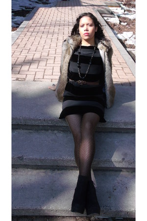 black Tommy Hilfiger dress - faux fur Tommy Hilfiger vest