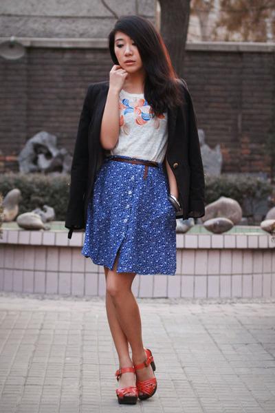 navy Zara blazer - white Mango t-shirt - coral H&M clogs - blue Something Else s