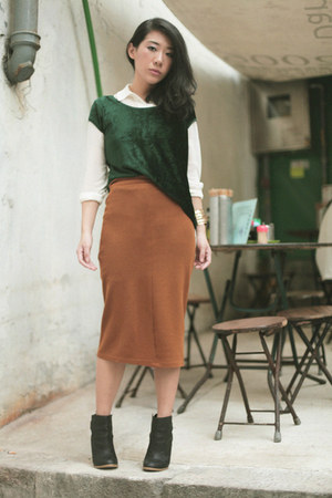 dark green Zara top - black H&amp;M boots - bronze Topshop skirt