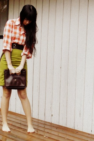 skirt - shirt - belt - coach purse