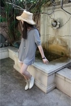 straw hat - vintage shoes
