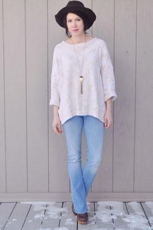 dark brown Target hat - sky blue mother jeans - light pink vintage sweater