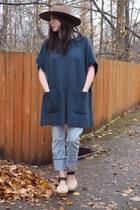 teal Aritzia sweater - sky blue Levis jeans - tan madewell hat
