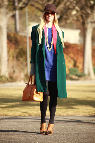 beige New Yorker heels - deep blue Mango dress - green vintage coat