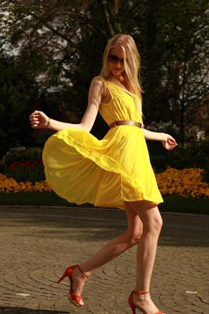 yellow H&M dress - New Yorker sunglasses - orange zalando heels