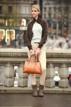 pastel blue vintage top - kaki Dosenbach boots - beige H&M jeans