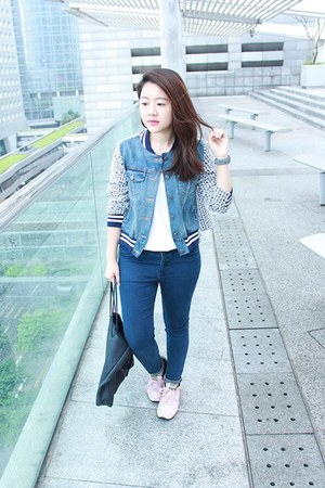 pink lace sneakers - navy Uniqlo jeans - navy jacket