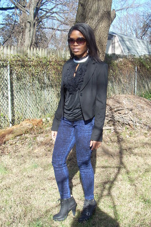 black lacey free2luv top - navy DivineRightsOfDenim jeans