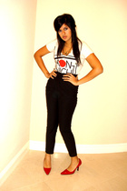 white truly madly t-shirt - black Silence & Noise pants - red michelle d shoes