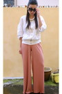 Salmon-asos-pants-white-g2000-blouse-bronze-nine-west-sandals