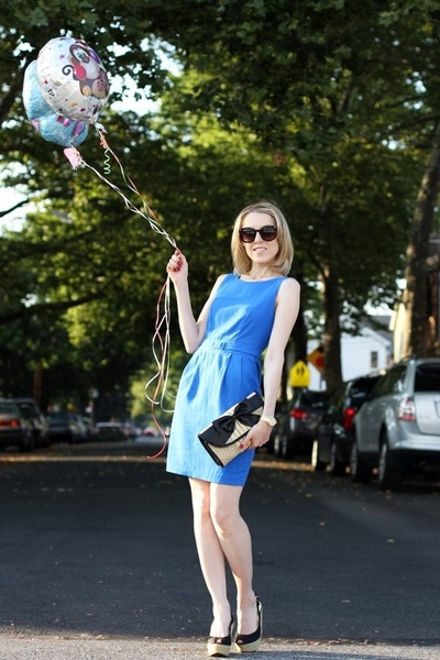 sky blue asos dress - eggshell Straw Studios bag - black asos sunglasses
