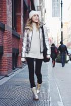 black pieces jeans - ivory Tommy Hilfiger hat - silver Clique Couture jacket