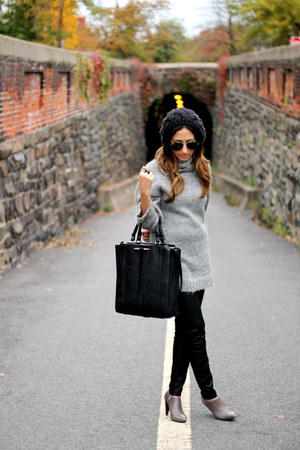 Zara boots - Urban Outfitters hat - Zara bag - ray-ban sunglasses - Zara pants
