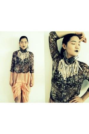 DIY skirt - DIY blouse - DIY necklace