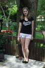 Cream-tie-dye-shorts-shorts-black-knitt-cliffs-flats-flats