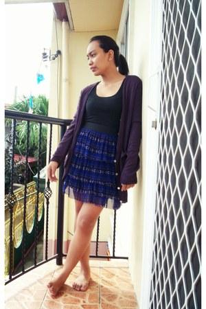 blue skirt - purple sweater - black top
