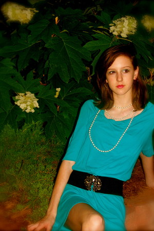 turquoise blue Express dress - black Forever 21 belt - neutral pearls necklace