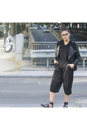 black Zara shoes - black H&M jacket - black Zara shorts
