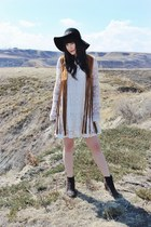 brown suede boots Dolce Vita boots - ivory dress