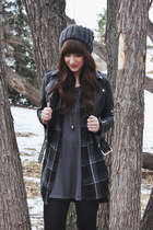black faux leather H&M jacket - black ankle boots Hibou boots