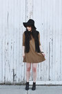 Black-ankle-boots-steve-madden-boots-burnt-orange-dress-h-m-dress
