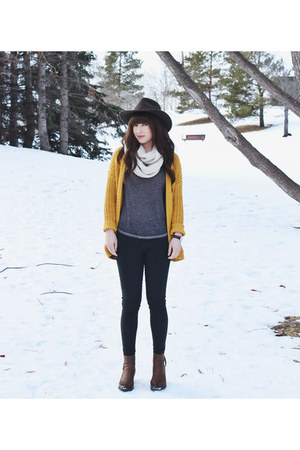 mustard Forever 21 cardigan - brown ankle boots Steve Madden boots