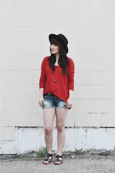 red long sleeve Project Social T top - black wide brim brixton hat