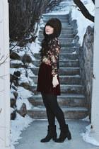 maroon velvet American Apparel skirt - black floral print CALS top