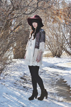 maroon floppy hat Forever 21 hat - booties Steve Madden boots