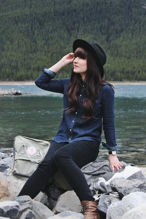 navy denim shirt Levis shirt - black wide brim brixton hat