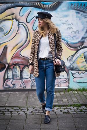 blue Levis jeans - brown Zara blazer - white H&M shirt