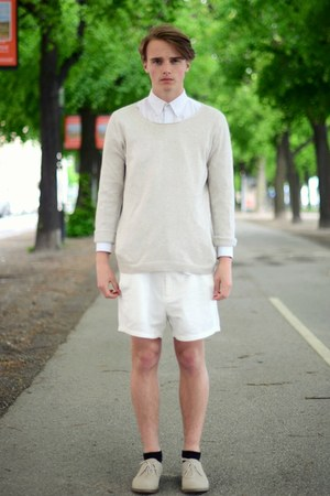 H&M shoes - Topman sweater - solo shirt - weekday shorts