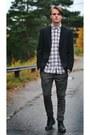Bläck-blazer-gap-shirt-zara-pants