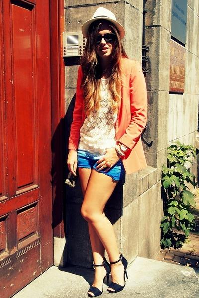 dip dye H&M shorts - strappy Zara pumps
