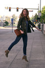 Army-green-asos-jacket-light-brown-dv-dolce-vita-boots-navy-levis-jeans
