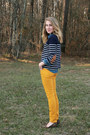 Navy-sweater-navy-levis-shirt-mustard-loft-pants