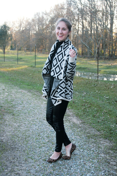 Element sweater - Zara leggings - Nine West flats