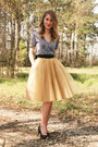 Gold-eshakti-skirt-black-vintage-belt-heather-gray-jolie-elizabeth-t-shirt