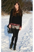 ruby red plaid Aritzia shirt - black ankle Spring boots