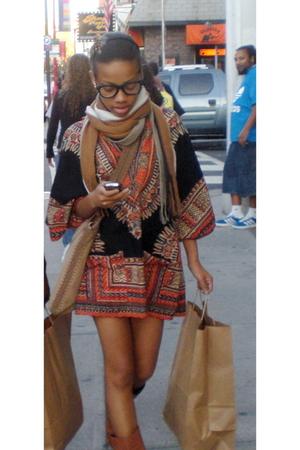 No label scarf - thrift shirt - vintage purse