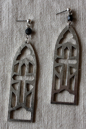 Triskaidekaphobia earrings