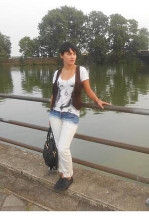 DIY jeans - dark brown MNG vest - ivory bay t-shirt