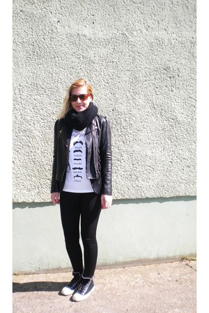 Topshop jacket - Converse shoes - Ray Ban sunglasses - Topshop Tee&amp;Cake t-shirt