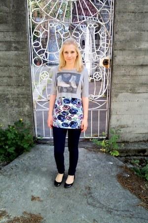 new look top - asos jeans - rose print Motel vest - new look pumps