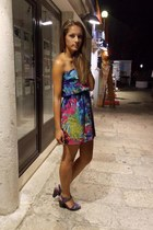 colorful clockhouse dress - H&M heels