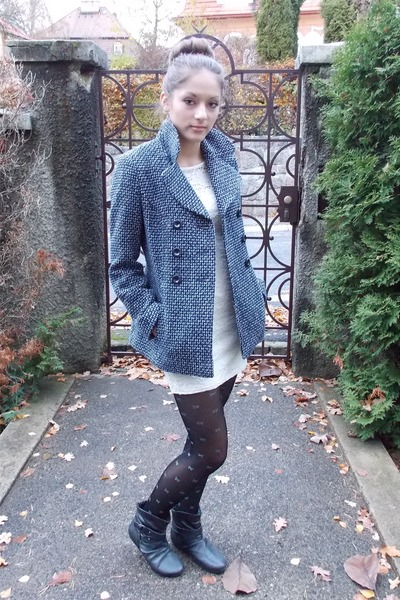 heather gray F&F coat - black leather CCC shoes - white lace River Island dress