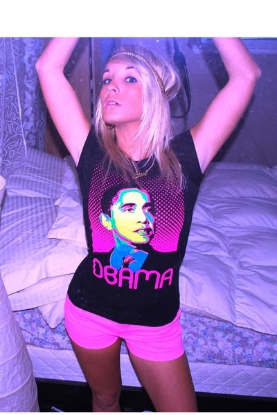 Seduction t-shirt - Seduction shorts - Aldo accessories - Urban Behaviour neckla